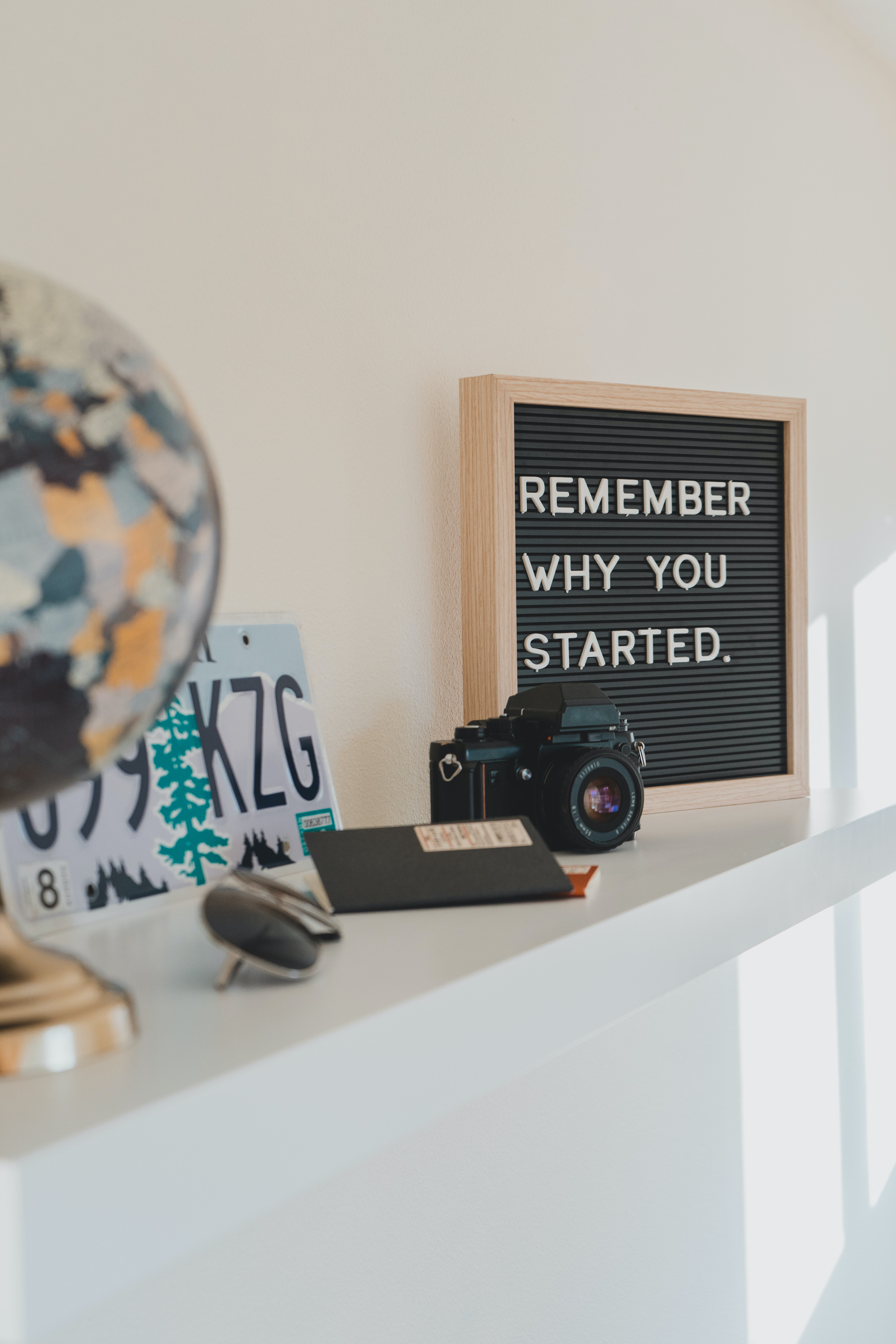 HOW TO GET MOTIVATED (AND STAYMOTIVATED)