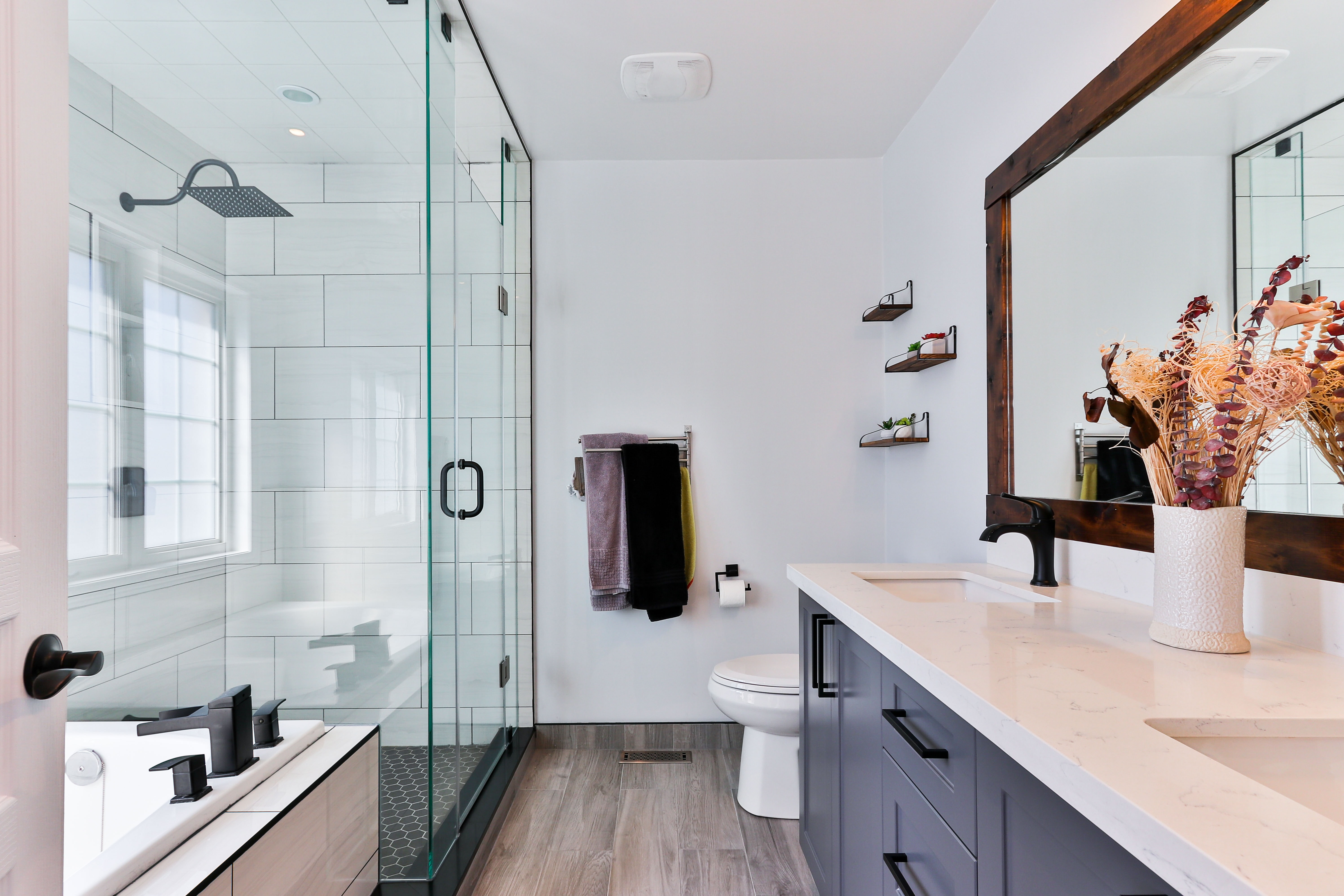 HOW TO CLEAN THEBATHROOM
